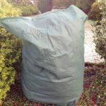 Bestport Ltd Yuzet Petite housse de protection hivernale pour plante 60 x 85 cm de la marque Bestport Ltd image 3 produit