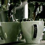 Café en grain bio 2 X 1 kg Cafe grain bio arabica.Cafe en Grain organiques de haute qualité de torréfaction naturelle. Grain bio equitable . Café grain arabica cultivé avec l'agriculture biologique et processus rigoureux- Excellent arôme 2kg X 1 kg de la image 1 produit