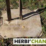 Herbi'Chanvre Carré de paillage 56x56cm - 100% Chanvre Naturel - 100% Français (par lot de10) de la marque Herbi'Chanvre image 2 produit