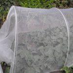 LEISURE TIME Filet de protection contre les insectes, maille de légumes élèvent le filet de maille fin de jardin de maille fine de filet de protection d'insecte (6M x 2.4M) de la marque LEISURE TIME image 3 produit