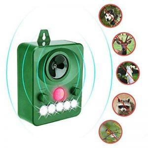 Surenhap Répulsif à ultrasons pour animaux, répulsif à énergie solaire, activé par des lumières LED à mouvement, à ultrasons et clignotantes Extérieur Répulsif imperméable pour chiens, chats, renards, souris, oiseaux, moufettes de la marque Surenhap image 0 produit